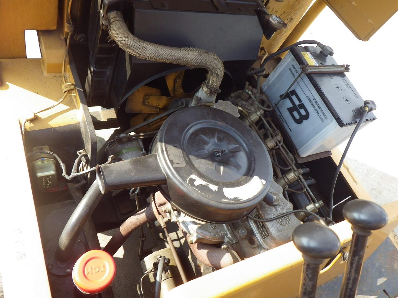 Xe nâng động cơ dầu cũ TCM 2.5 tấn cao 3.5 mét Model FD25Z3 đời 1978, với càng dài 1220mm, bánh đôi tải hàng rất tốt, máy móc nhập khẩu nguyên zin