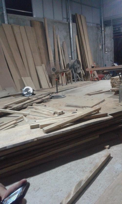 xưởng gỗ