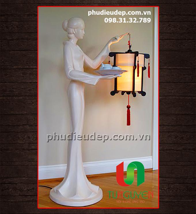 cột đèn nghệ thuật (cô gái rước đèn)