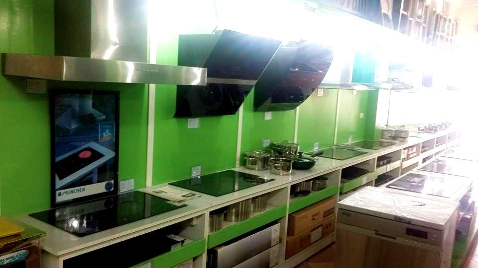 Một góc trưng bày bếp từ chính hãng của Nội thất Kường Thịnh