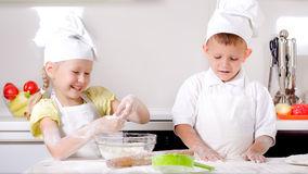 Bếp điện từ Giovani G 271ET đa tính năng làm say lòng người nội trợ