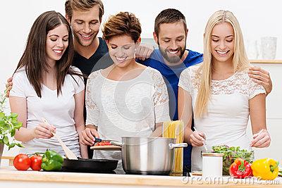 Ngỡ ngàng trước những tính năng độc đáo của bếp từ Giovani