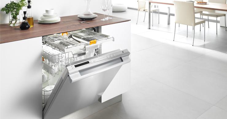 Máy rửa bát Giovani GDW F361S là niềm mơ ước của các bà nội trợ bận rộn