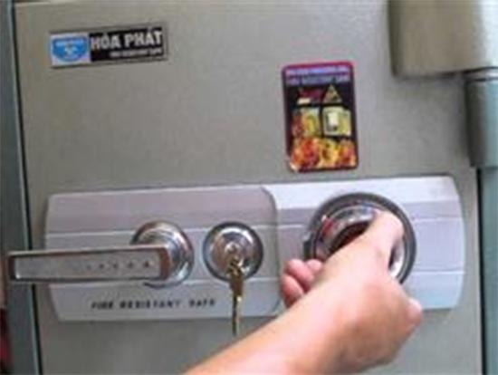 Cách mở ổ khóa 4 số - ứng dụng khóa két sắt