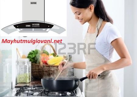 Máy hút mùi Giovani G 2370RS xua tan sự khó chịu đem lại bầu không khí trong lành cho căn bếp
