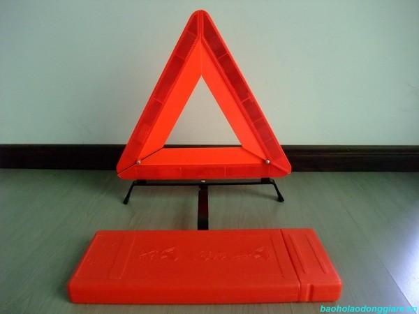Biển cảnh báo tam giác