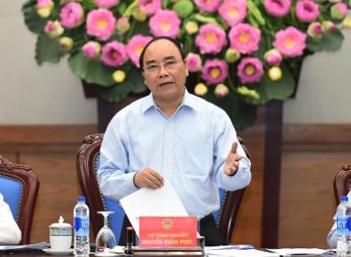 """Thủ tướng Nguyễn Xuân Phúc: """"Đừng để trên trải thảm đỏ, dưới lại có đinh""""."""