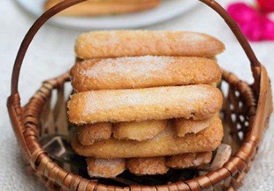 bánh sampa làm tiramisu