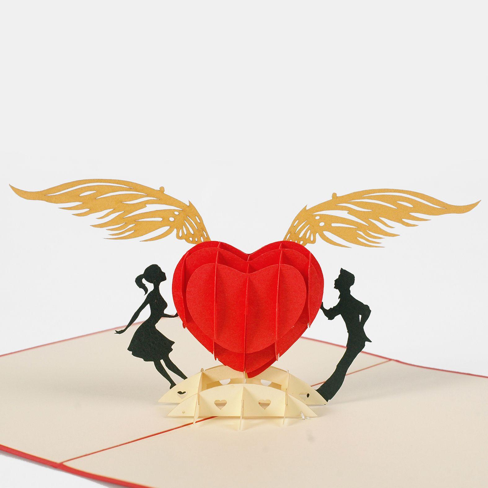 thiệp nổi tình yêu chắp cánh