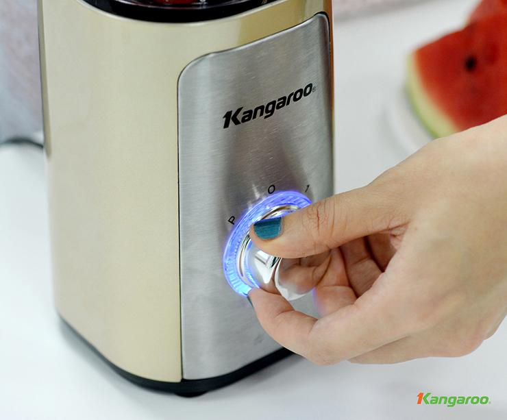 Máy xay sinh tố Kangaroo được làm từ nguyên liệu