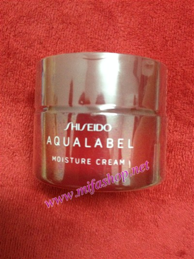 Kem dưỡng ẩm Shiseido Aqualabel Cream Ex Moisture màu đỏ