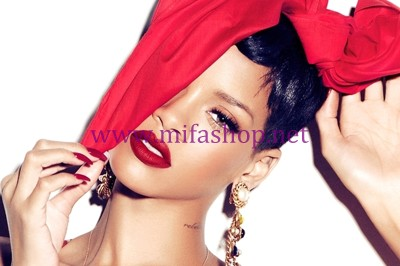 Son môi MAC Viva Glam Rihanna 4