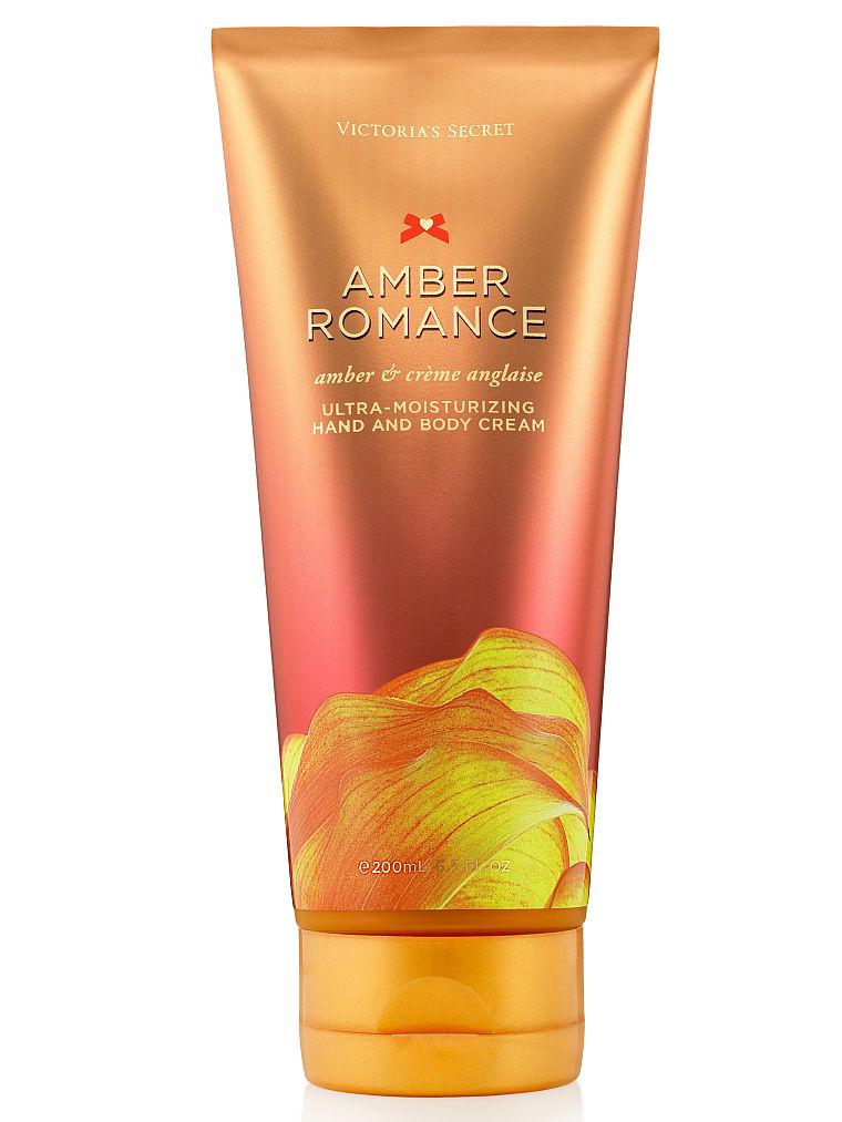 kem siêu dưỡng ẩm cho tay và toàn thân Victoria Secret AMBER ROMANCE