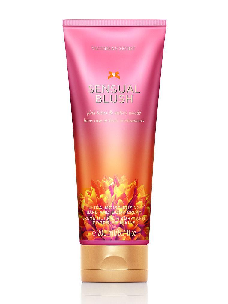 kem siêu dưỡng ẩm cho tay và toàn thân Victoria Secret Sesual blush