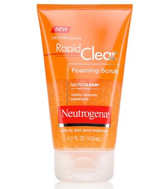 Sữa rửa mặt Neutrogena Rapid Clear Foaming Scrub