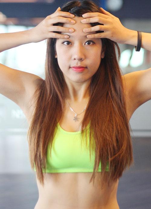 Động tác yoga cho khuôn mặt không tuổi
