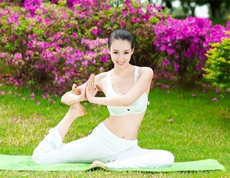 Tập yoga có giảm được cân hay không?