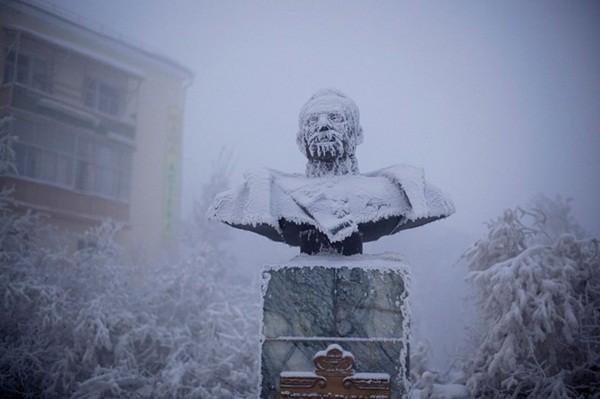 Những hình ảnh ấn tượng tại thành phố lạnh nhất thế giới 3