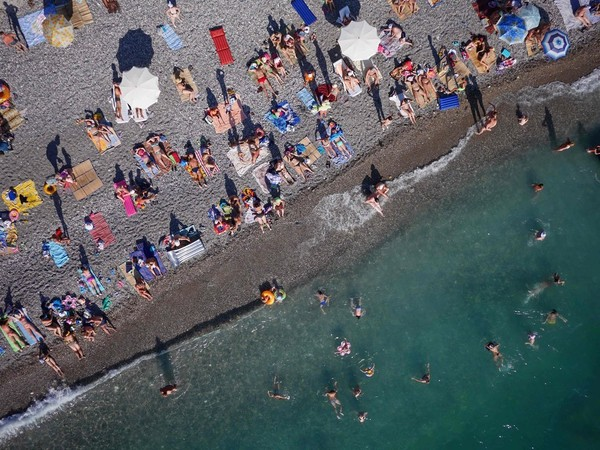 Chùm ảnh châu Âu đẹp đến ngoạn mục được chụp từ trên không trung 12