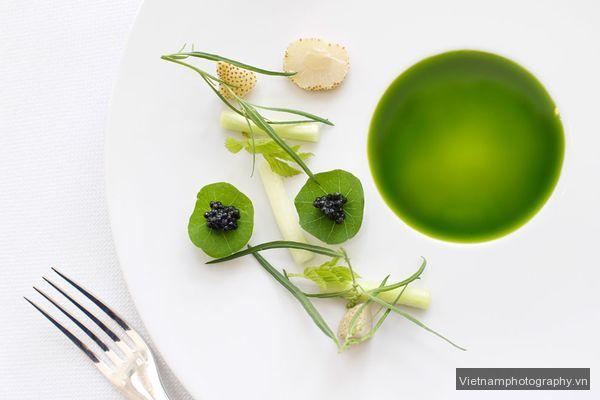 caviar-asparagus-strawberry_44187_600x450 Mẹo chụp ảnh những nơi quen thuộc
