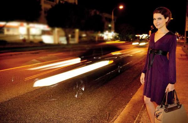 chụp chân dung đêm đèn flash