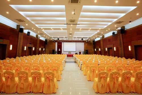 Chú ý chọn nội thất phòng họp cho tổ chức sự kiện