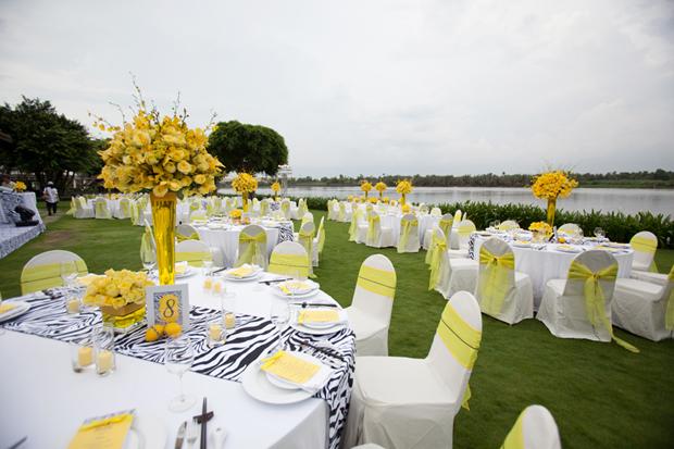 Kinh nghiệm tổ chức tiệc cưới ngoài trời tiết kiệm