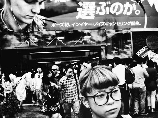 Những tấm ảnh đen trắng đầy cảm xúc về người dân Tokyo 4