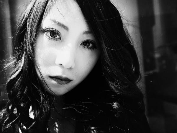 Những tấm ảnh đen trắng đầy cảm xúc về người dân Tokyo 8