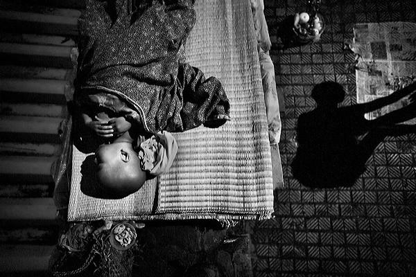 Những bộ ảnh cảm động về nghị lực của người Việt khiến hàng triệu trái tim thổn thức 21