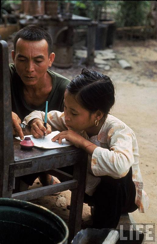 Những bộ ảnh cảm động về nghị lực của người Việt khiến hàng triệu trái tim thổn thức 11