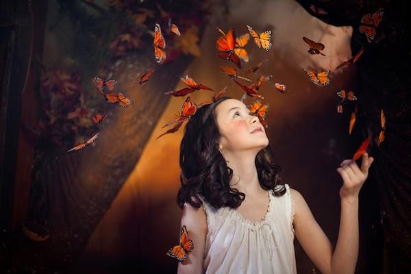 Cuộc phiêu lưu của cô gái nhỏ trong thế giới màu cam rực rỡ 2