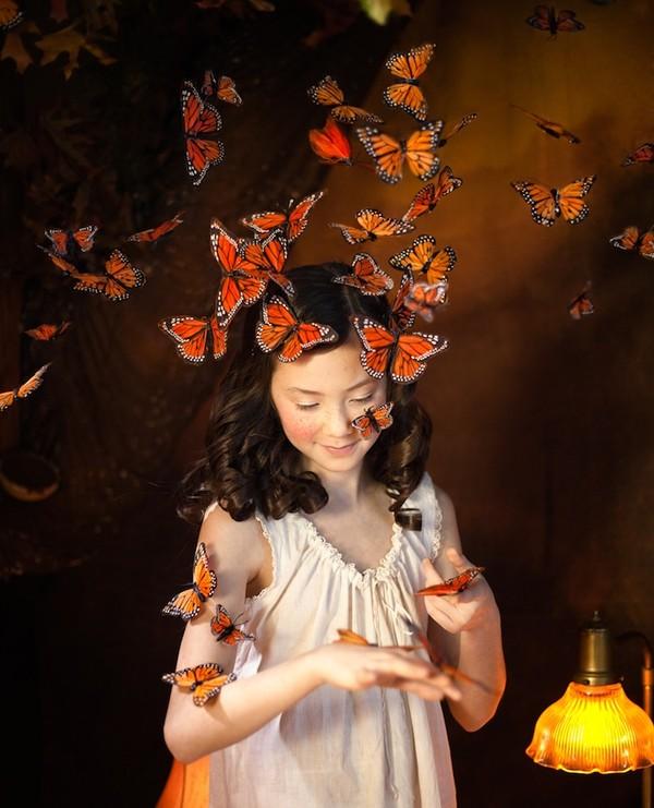 Cuộc phiêu lưu của cô gái nhỏ trong thế giới màu cam rực rỡ 6