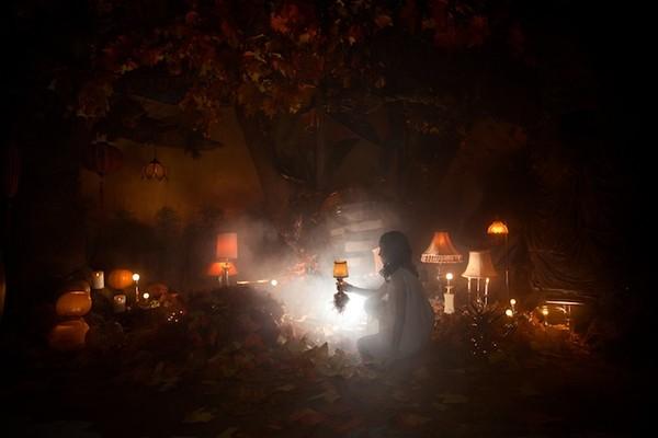 Cuộc phiêu lưu của cô gái nhỏ trong thế giới màu cam rực rỡ 8