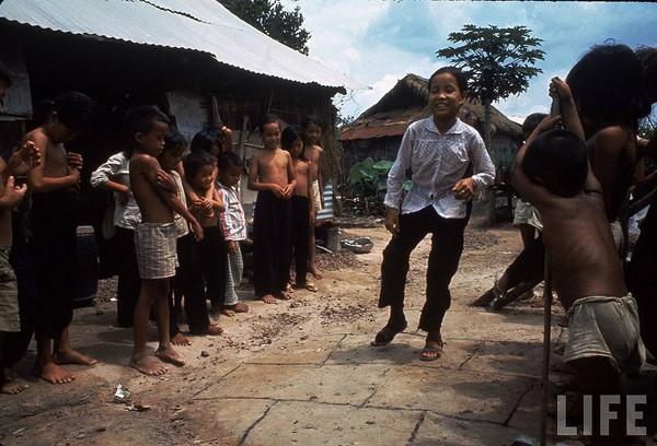 Những bộ ảnh cảm động về nghị lực của người Việt khiến hàng triệu trái tim thổn thức 4