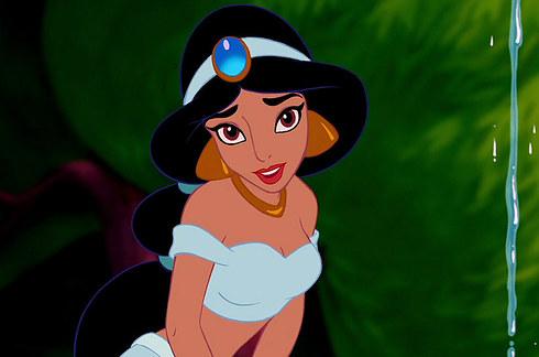 Chân dung những nàng công chúa Disney khi tới tuổi nghỉ hưu