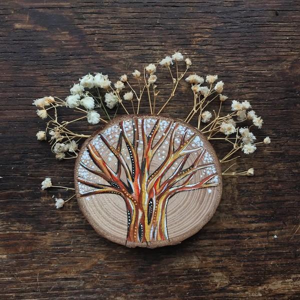 Bộ tranh gỗ tí hon đầy sáng tạo tới từ những cành cây bỏ đi