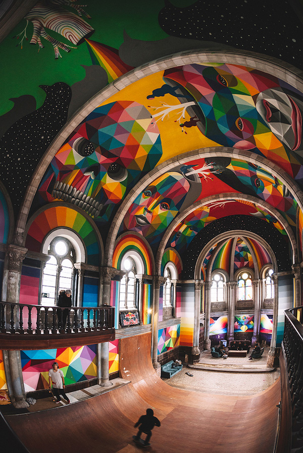 Mục sở thị nhà thờ trăm tuổi được hồi sinh thành sân trượt ván chất lừ