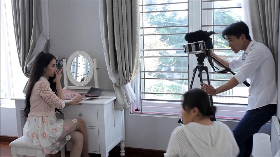 Cùng Lăng kính V6 học cách tự làm phim