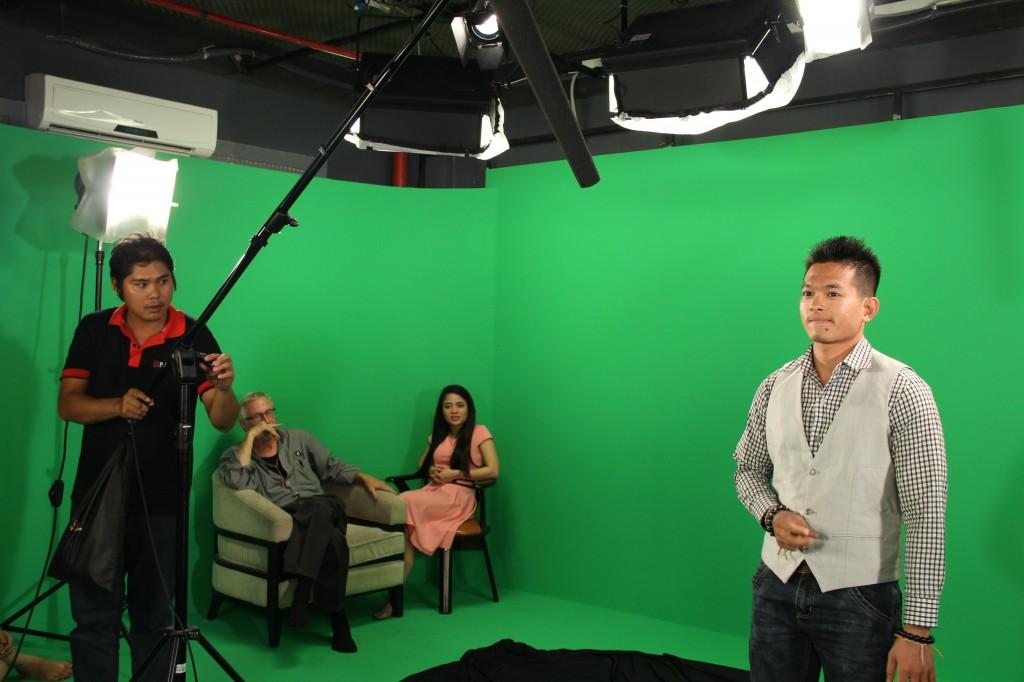 Các bước để trở thành người dẫn truyền hình chuyên nghiệp