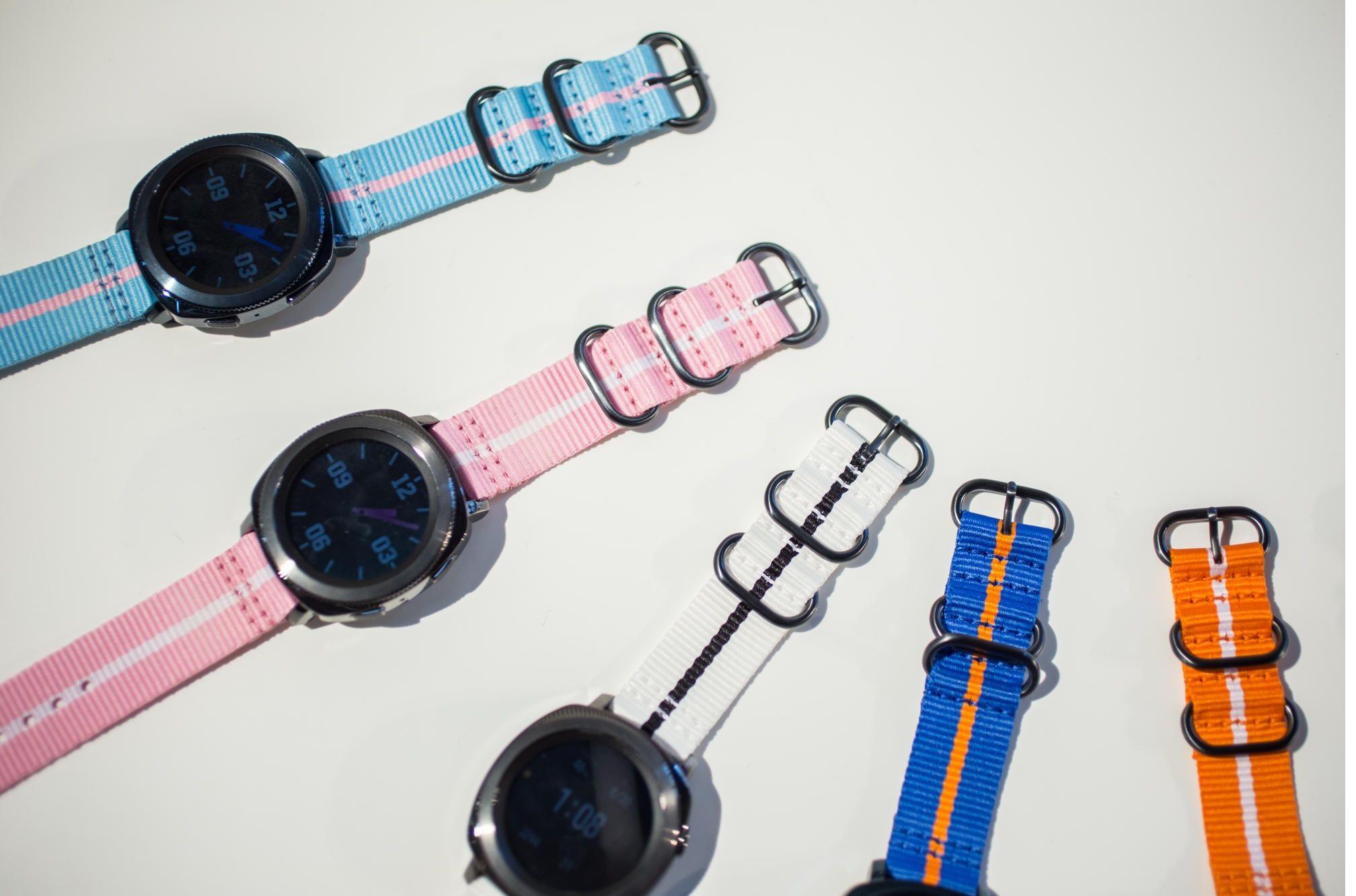 Dây đeo đồng hồ smartwatch Samsung Gear Sport