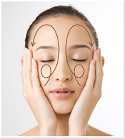 Cách massage đánh bật nếp nhăn cho mọi vị trí trên mặt