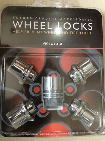 ốc khóa lốp xe lexus