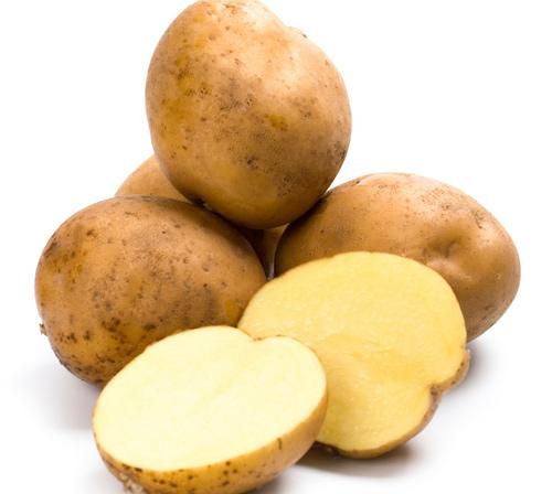 Làm mới cặp da nam bằng khoai tây