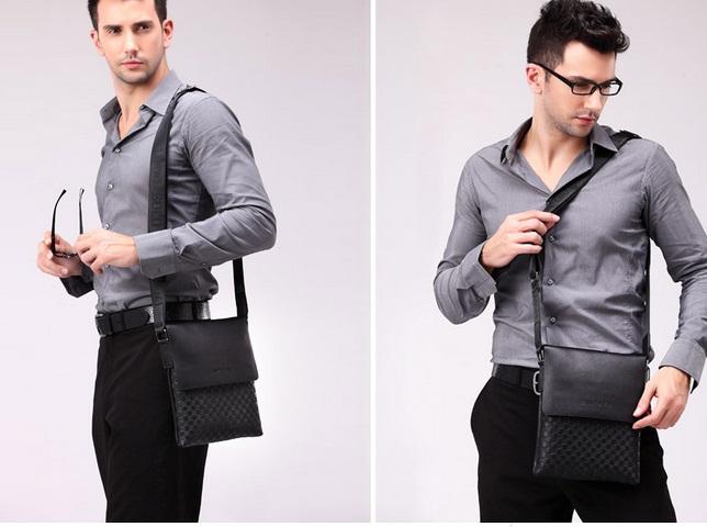 Kiểu dáng đơn giản của túi đeo chéo nam Hàn Quốc khiến giới trẻ