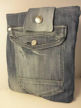 Túi đựng ipad hình chiếc quần jean