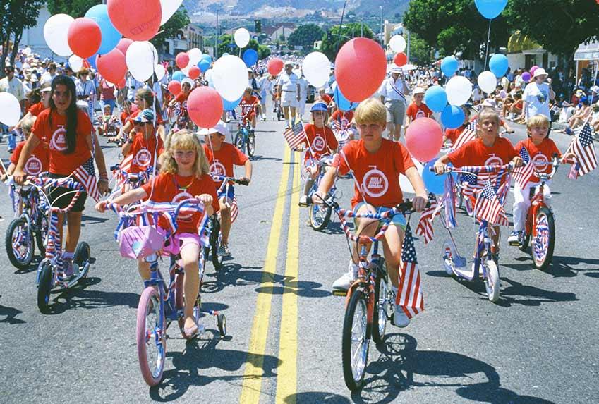 Diễu hành xe đạp trẻ em diễn ra thường niên tại Mỹ