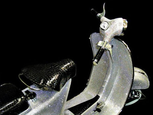 vespa cổ phủ 150000 vien pha lê 2