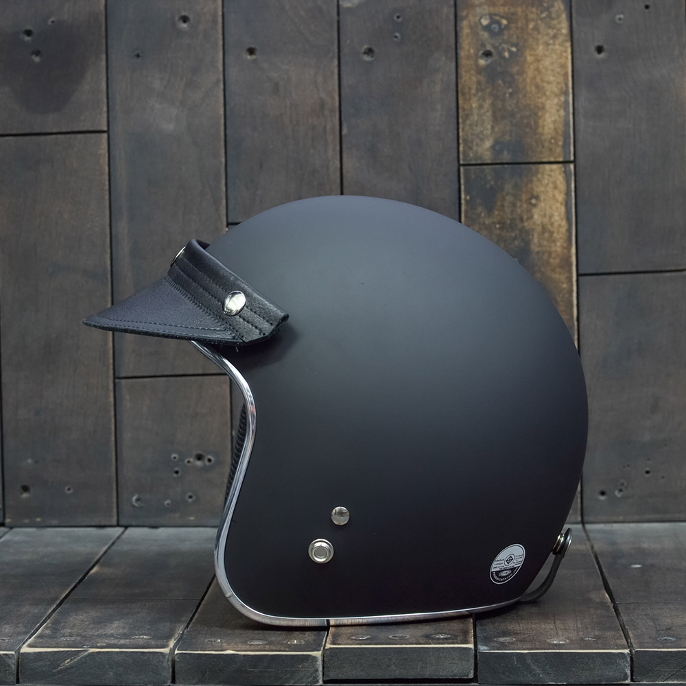 Leather Peak Black 3