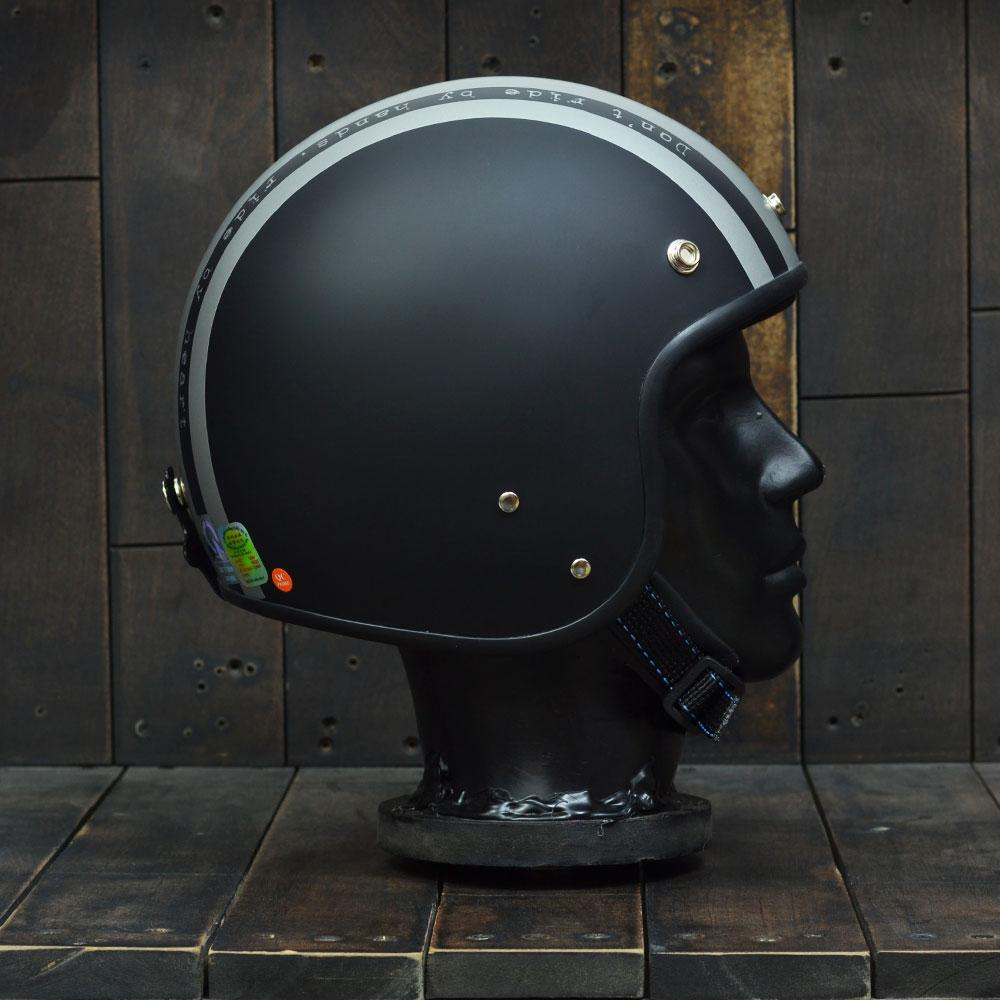 andes_111_ride_matt_black_silver_helmet_mu_bao_hiem_2